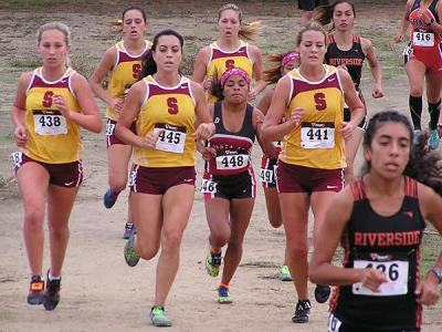Cross country Gauchos running at a competition. Photo courtesy Jerry Hannula.
