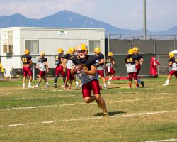 Gauchos practicing in preparation for Saturdays big game. (Ally Beckwitt/Lariat)