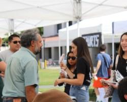 Saddleback teachers and students interact during Club Rush (Daniela Sanchez/ Lariat)