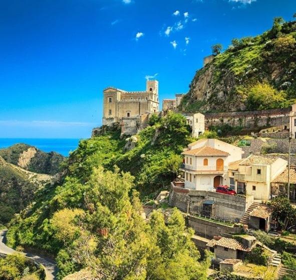 Tour della Sicilia orientale: Savoca