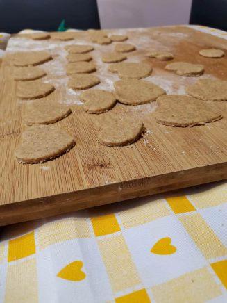 Biscotti integrali bio a forma di cuore