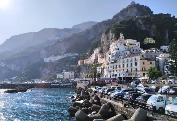 Visitare la Costiera Amalfitana e Il porto di Amalfi
