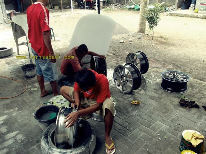 Wheels Painting