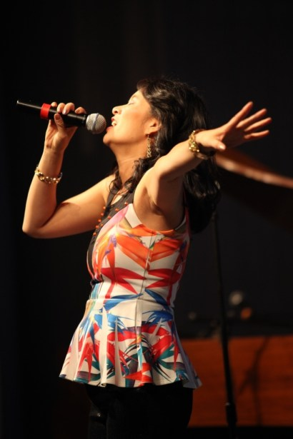 Larissa Lam Singing in Concert