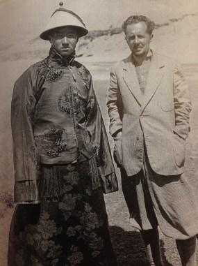 Giuseppe Tucci in Tibet, foto in libro Neri Pozza