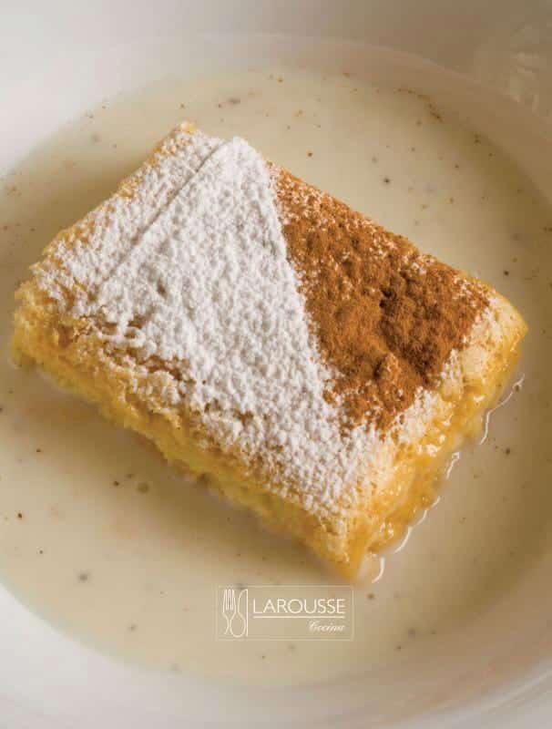 Isla flotante ⋆ Larousse Cocina