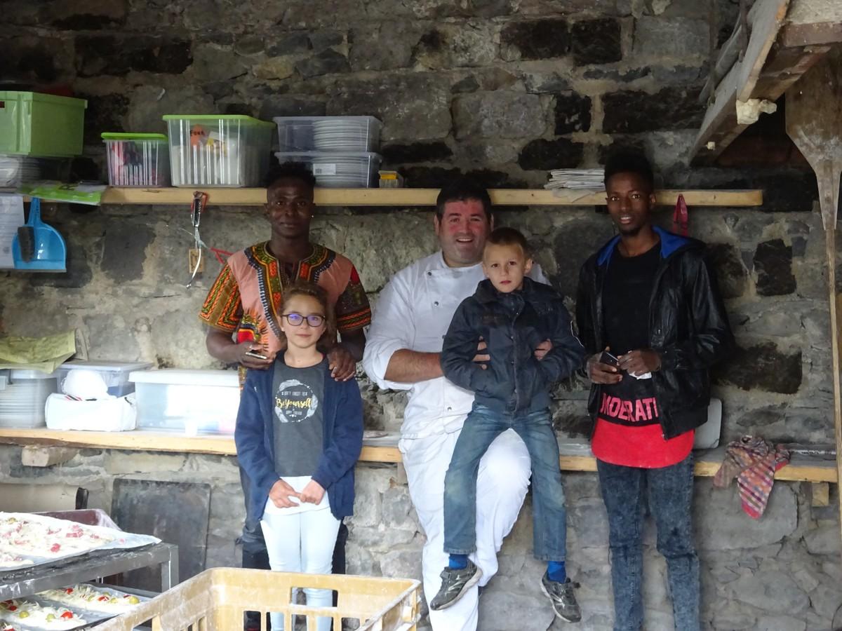 Le boulanger et ses apprentis (malien et burkinabe)