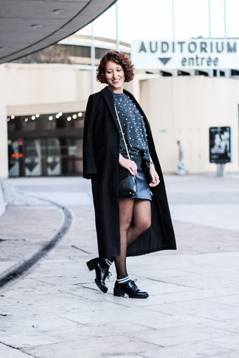 laroxstyle - blog mode lyon - look pull perles - look jupe simili cuir -16