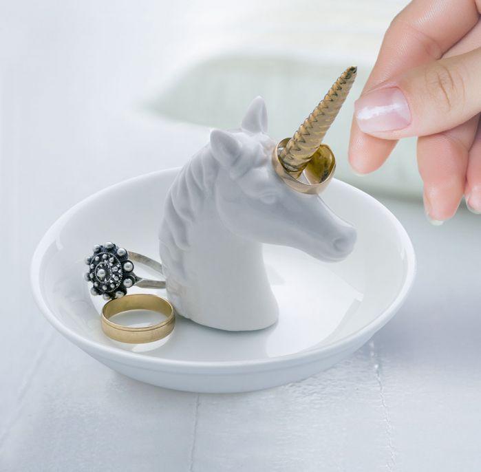 2 idee cadeau noel femme - soucoupe bijoux licorne