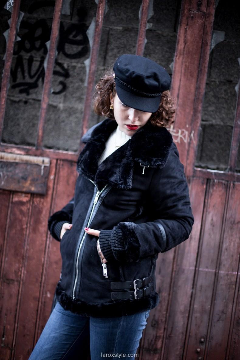 look gavroche - manteau motard noir - blog mode lyon - baskets serafini - laroxstyle -35