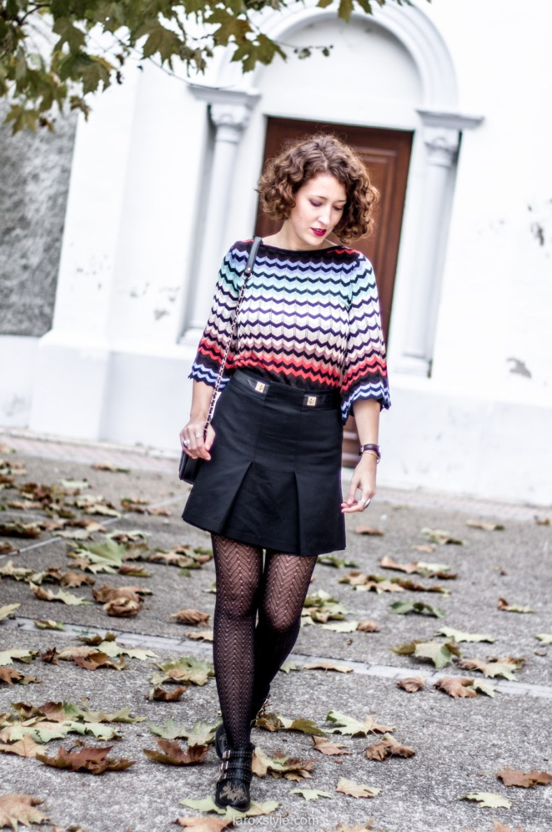 mini jupe trapeze - porter de la couleur en hiver - blog mode lyon - laroxstyle-6