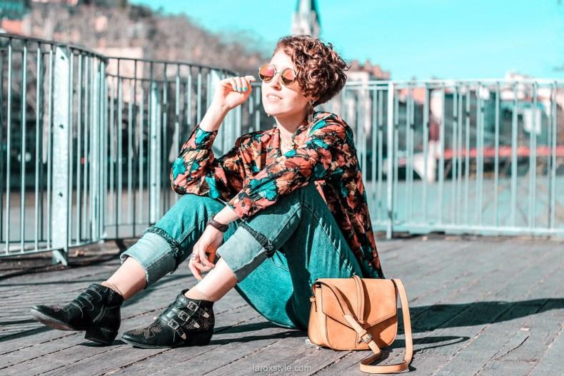 look chemise a fleurs - look rock - jean 7 8 - boots clous - blog mode lyon-19