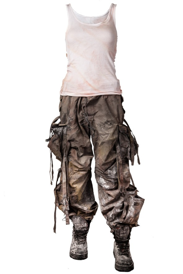 Distressing Costume for Post-Apocalyptic LARP