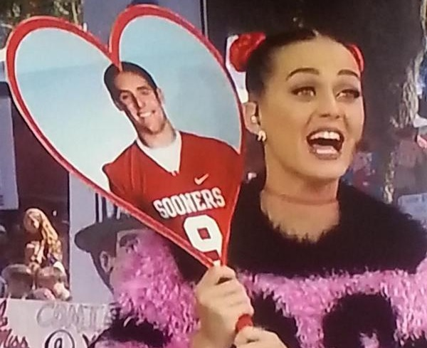 Katy Perry Hits On Oklahoma QB Trevor Knight Video