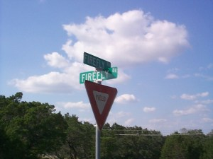 Picture of Yield sign at the intersection of Firefly Dr and Firefly Dr