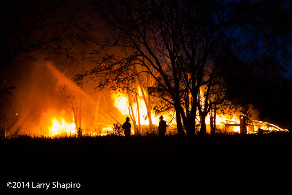 fire consumes vacant house in Detroit