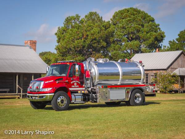 E-ONE Water Master tanker