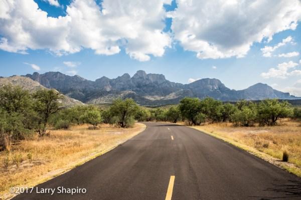 Mountains in Oro Valley AZ
