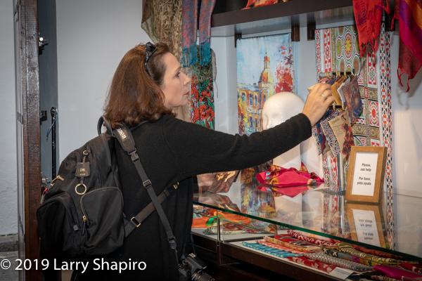 Dorothy Shapiro shopping in Spain