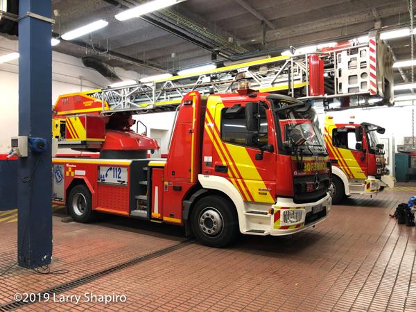 Merceds-Rosenbauer-Metz fire truck in Madrid