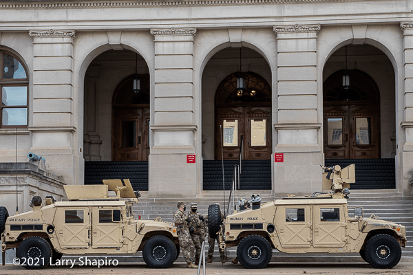 military police guarding the Georgia State Capitol