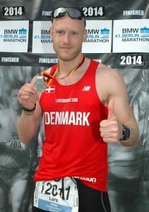 Det obligatoriske finisher foto ved Berlin Marathon
