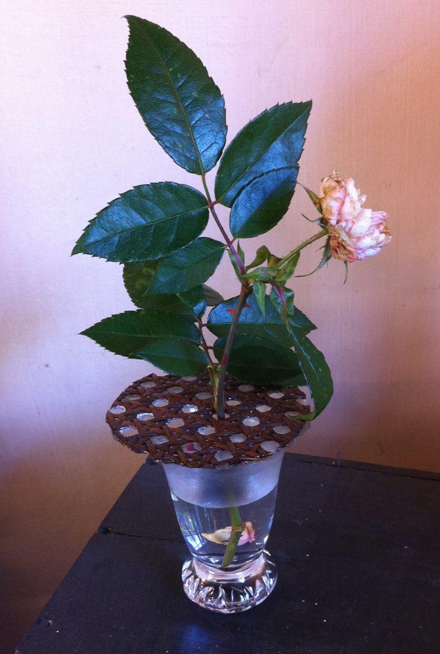 pique-fleur rond sur verre