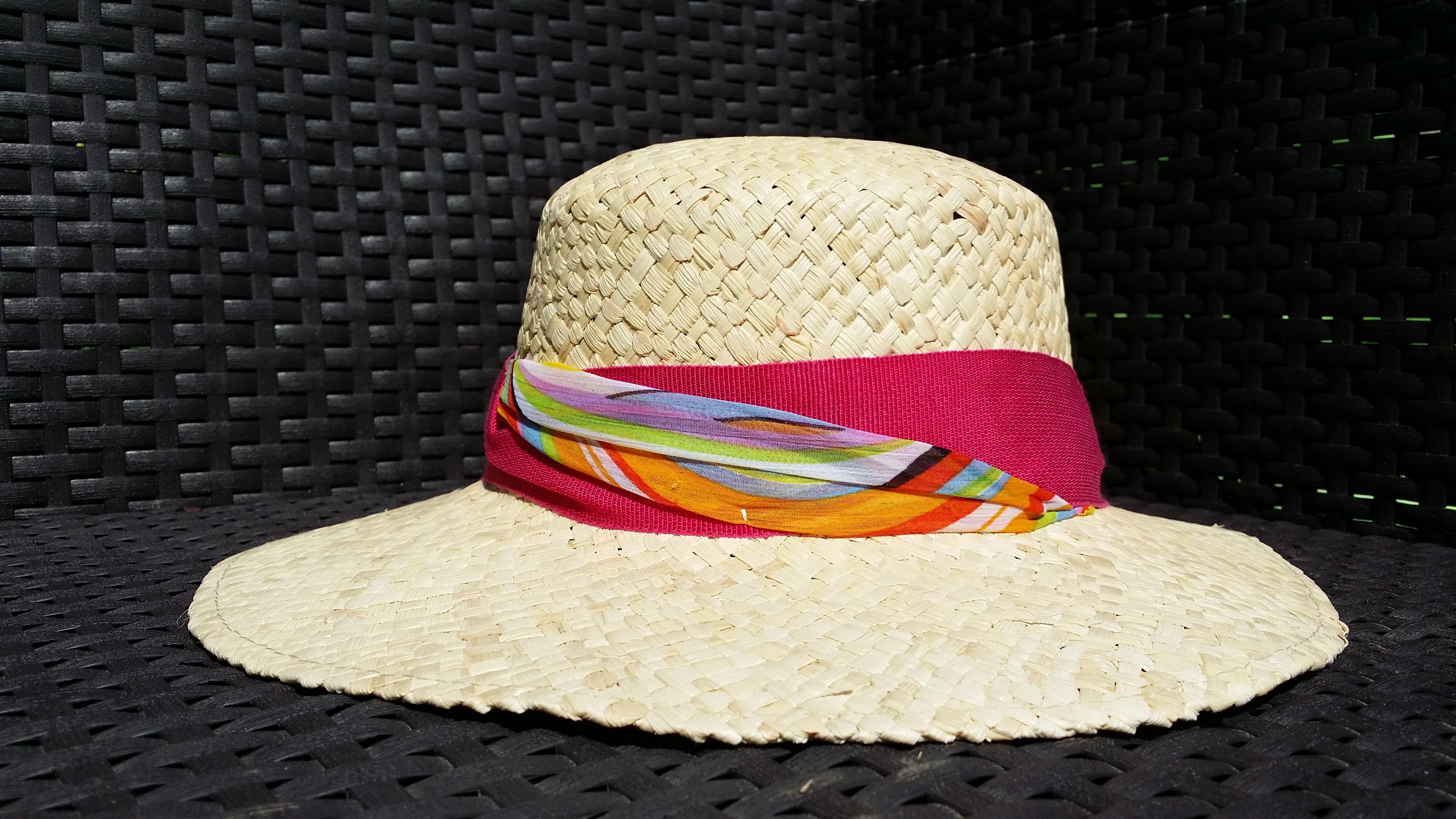 CHAPEAU FEMME EN PAILLE DE MAÏS / VIRGINIA MAÏS GARNITURE FUSHIA