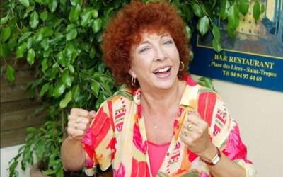 Charlotte JULIAN Chanteuse, artiste peintre et comédienne