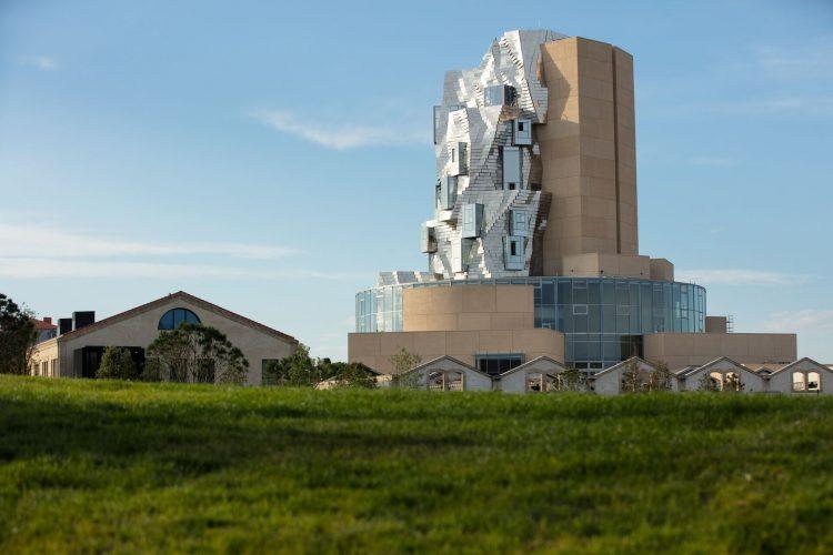Arles : la Fondation LUMA ouvrira ses portes le 26 juin