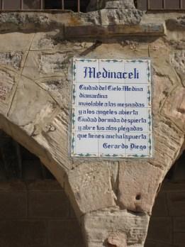 Versos en mosaico de Medinaceli
