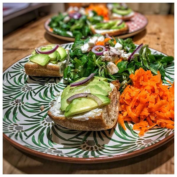 recette facile salade hiver champignons tartines avocat