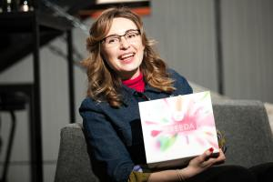 Nataliya Vakhovskaya, co-Founder of LoveBox, with Freeda gift box. Interview with Lascivious Marketing.