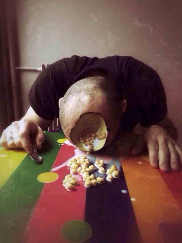 Henry, retrato de un asesino de cereales. surrealismo de Cedric Blanchon en EyeEm