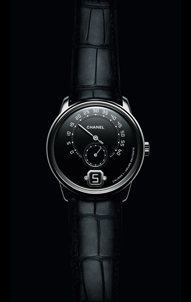 Monsieur-de-CHANEL-watch-front-B