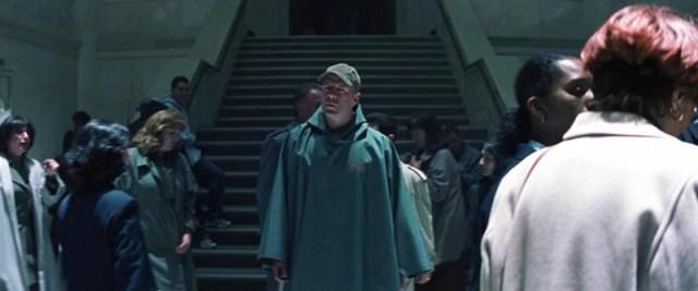 El Protegido, David Dunn (Bruce Willis) en la estación de tren.