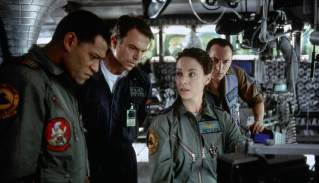 Horizonte final Lawrence Fishburne, Sam Neill Kathleen Quinlan y Jason Isaacs