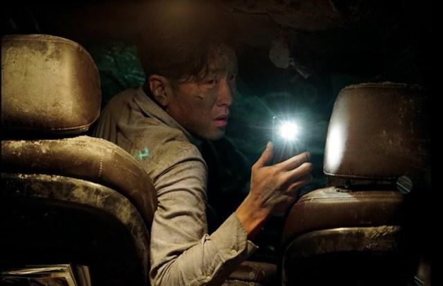 The Tunnel 2016 El protagonista en el interior del coche. Crónicas de Deckard