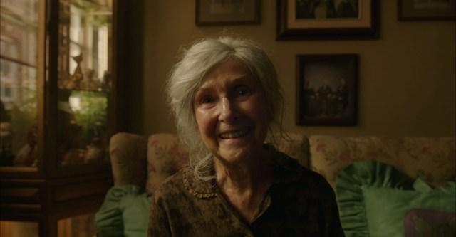 It Capitulo 2 Escena con la vieja It Chapter 2 Old Woman Kersh.