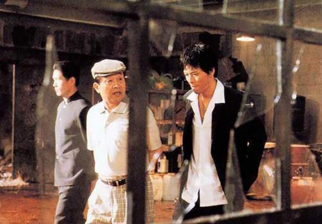 Pido nunmuldo eobshi (2002) de Ryoo Seung-wan.