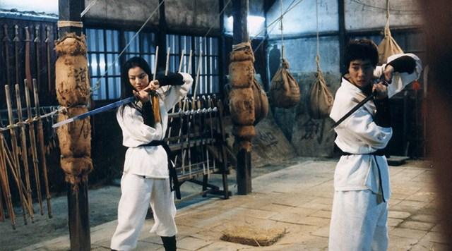 Arahan. Ryoo Seung-beom y Yoon So-yi. Entrenemiento de artes marciales.