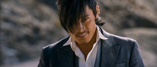 Lee Byung-hun en 'El bueno, el malo, y el raro'.