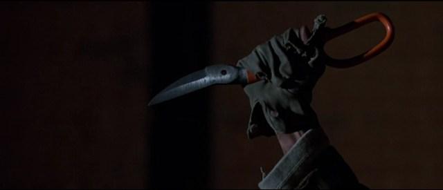 Escena del cuchillo en 'El Príncipe de las Tinieblas'