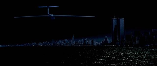 Escape from New York (John Carpenter, 1981). Plane to Manhattan