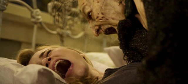 Alison Lohman and Lorna Raver in 'Drag me to Hell'. Nightmare scene.