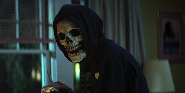 Asesino máscara de calavera. La Calle del Terror Parte 1 1994 (Fear Street 1994)