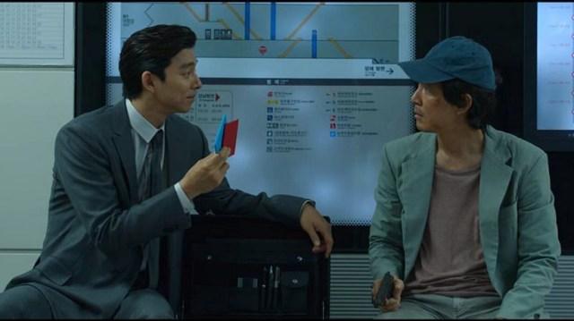 Gong Yoo y Lee Jung-jae en El Juego del Calamar.