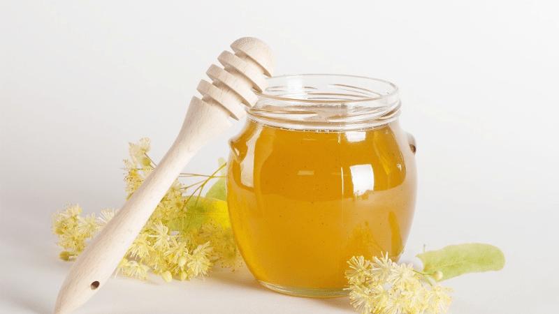 Los 9 Mejores Beneficios De La Miel De Abeja