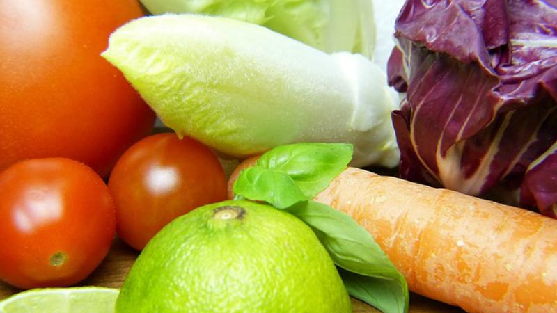Una forma sabrosa de prepara la dieta vegana de alimentos crudos