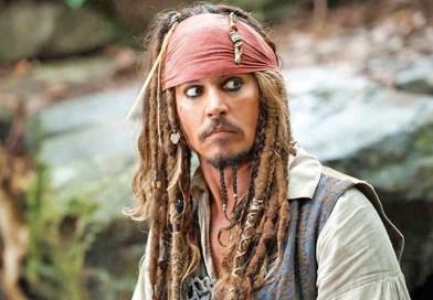 Johnny Depp se viste de Jack Sparrow y los fans piden su regreso a Piratas del Caribe